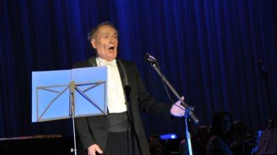 Найден Бороджиев от участието му в концерта посвете на 75 години от рождението на Костантин Ташев през 2010 година. Снимки Архив Черноморие-бг