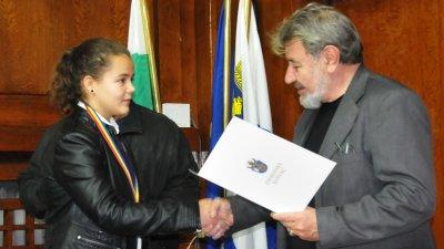 Ванина Шопова е една от медалистките на клуб Ронин. Снимки Лина Главинова