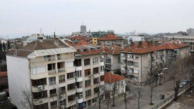 В сравнение с четвъртото тримесечие на 2017 г. издадените разрешителни за строеж на нови жилищни сгради се увеличават с 13.0%. Снимка Архив Черноморие-бг