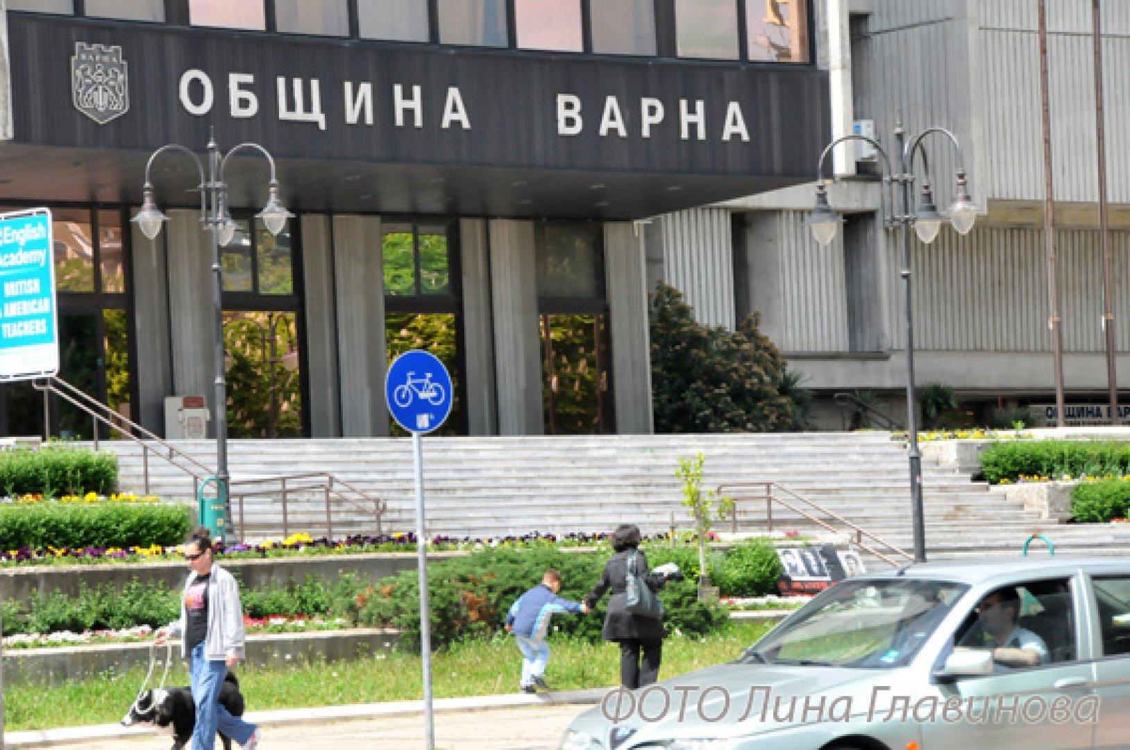 Кметът Иван Портних и общинските съветници ще положат клетва в понеделник в зала Пленарна на общината. Снимка Лина Главинова