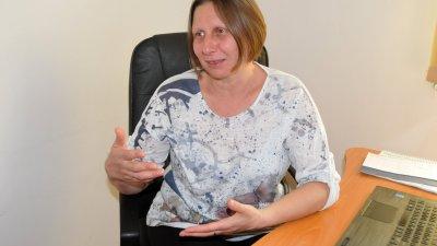 Децата, които обичат да се занимават с технологии не играят и не са потребители, казва директорът Димитрина Тодорова. Снимка Лина Главинова