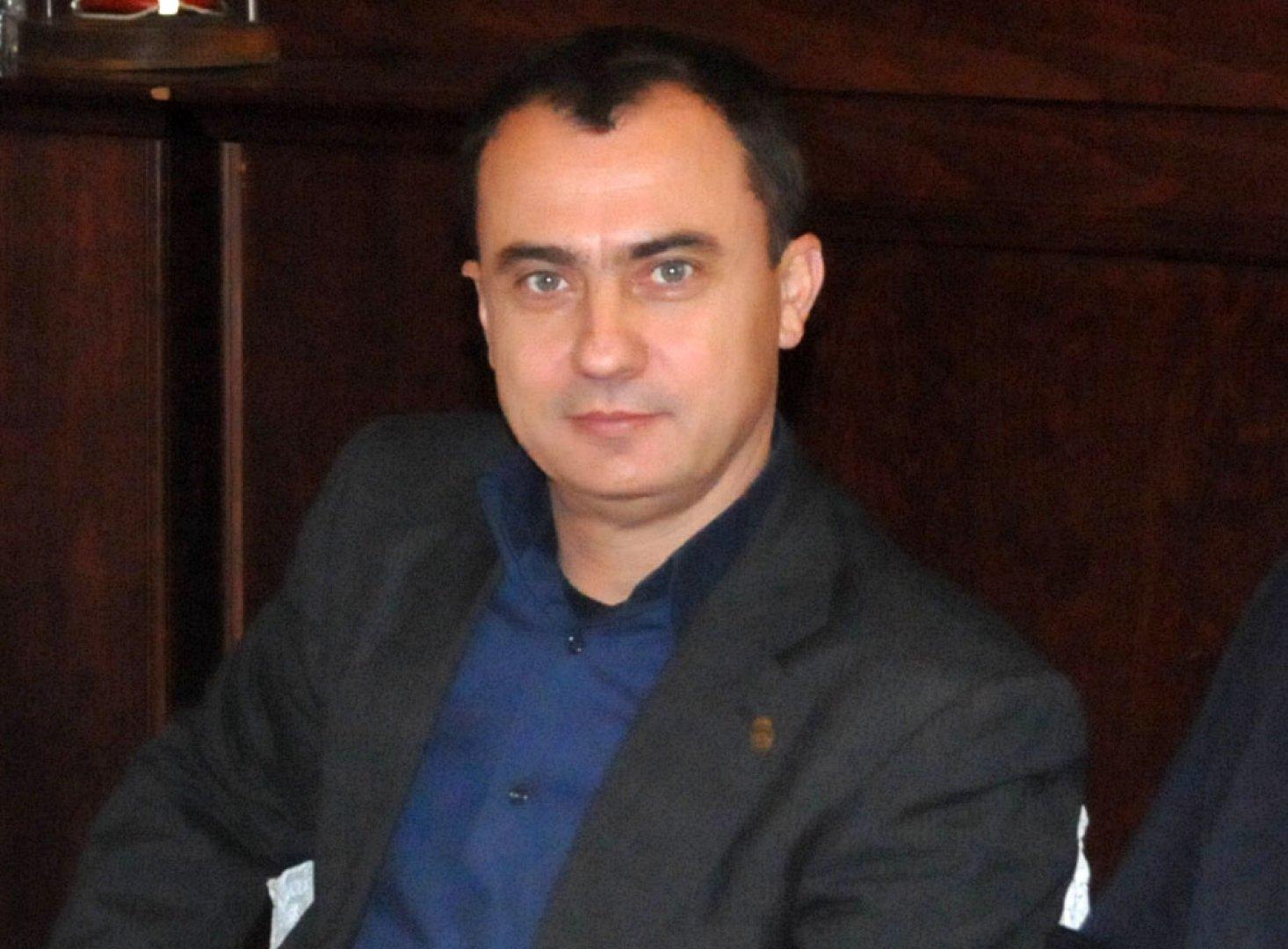 Стефан Колев въвежда дисциплината в НСА. Снимка Лина Главинова