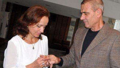 Христина Шанова и Янчо Попов сключиха брак в деня на тяхното запознанство. Снимка Лина Главинова