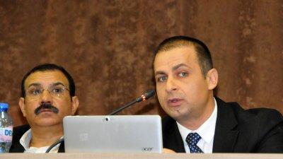 Докладната записка, зад която стои и Живко Такабов (вдясно) бе гласувана наполовина. Снимки Лина Главинова