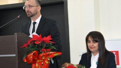 Вълчо Чолаков благодари на бургазлии, прославили града ни. Снимки Лина Главинова