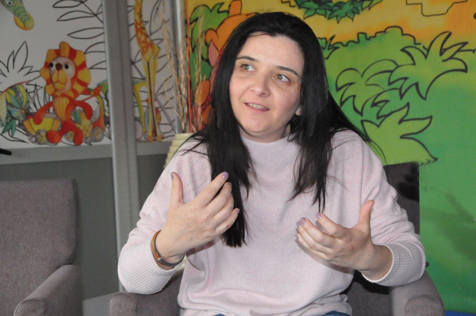 Тази година Неделина Роселинова празнува 20 години в театър. Снимка Лина Главинова