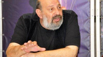 Бургаският театър ще бъде домакин на два фестивала през октомври, каза директорът Борислав Чакринов. Снимка Лина Главинова