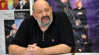 Тази година Чакринов ще отбележи 20 г. в бургаския театър. Снимка Лина Главинова
