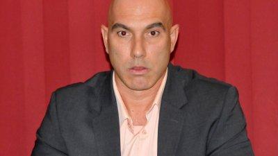 Николай Тишев е и водач на листата за съветници на коалицията. Снимка Лина Главинова