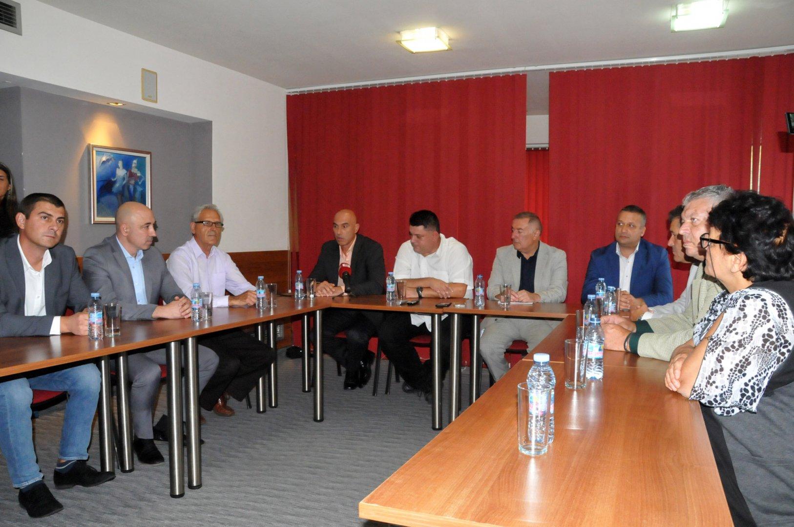 БСП представи кандидатите си за кметове в региона. Снимка Лина Главинова