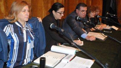 Четирима заместник-кметове взеха участие в първото обществено обсъждане. Снимки Лина Главинова