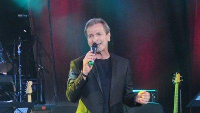Публиката в Бургас заслужава да види този концерт, каза Красимир Гюлмезов. Снимка Лина Главинова