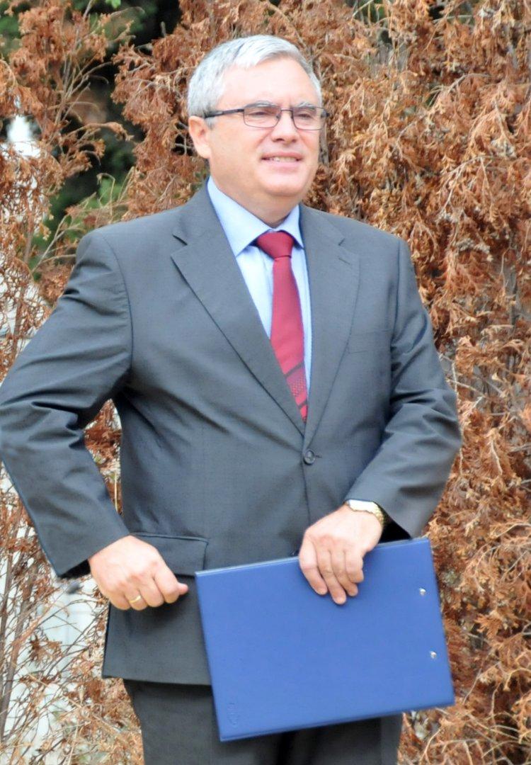 Виктор Григоров ръководи училището от 2016 година. Снимка Лина Главинова