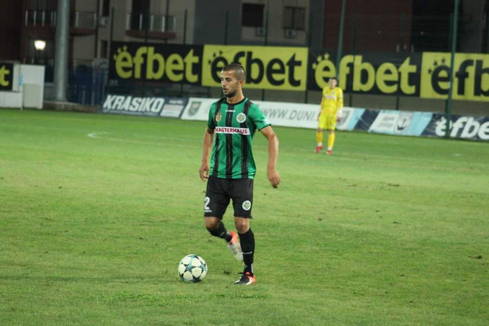 Двамата футболисти отиват в Берое - Стара Загора. Снимка ПФК Нефтохимик