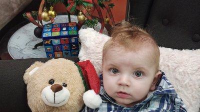 Това е първата Коледа на малкия Георги