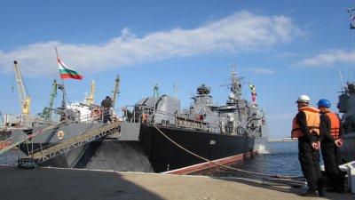 Задграничното плаване ще продължи до 22-ри ноември. Снимки ВМС