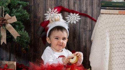 Камелия е от Бургас и това е нейната първа Коледа