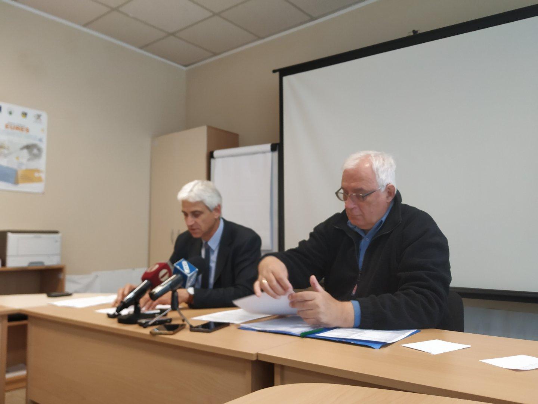 В община Бургас безработицата е най-ниска, каза Живко Янакиев (вляво). Снимка Черноморие-бг