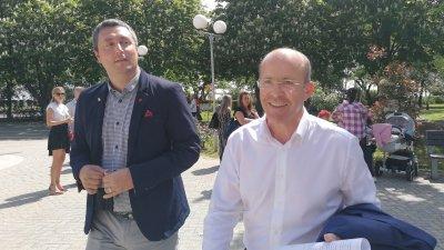 Кметовете на южните общини Царево и Приморско - Георги Лапчев (вляво) и Димитър Германов участваха в срещата в Бургас. Снимки Черноморие-бг
