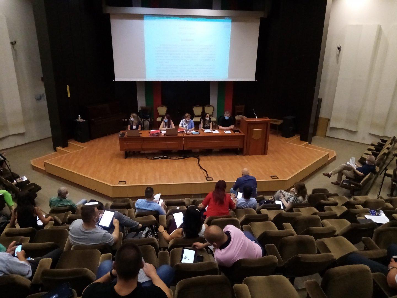 Докладната записка бе разгледана на заседание на Комисията по собственост и стопанство. Снимка ОбС - Варна