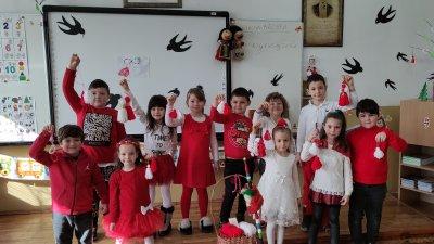 Децата изработиха мартеници, с които ще се закичат на 1 март