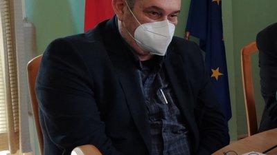 Очакваме доставка до края на деня, каза вчера д-р Паздеров. Ваксини обаче няма. Снимка Архив Черноморие-бг