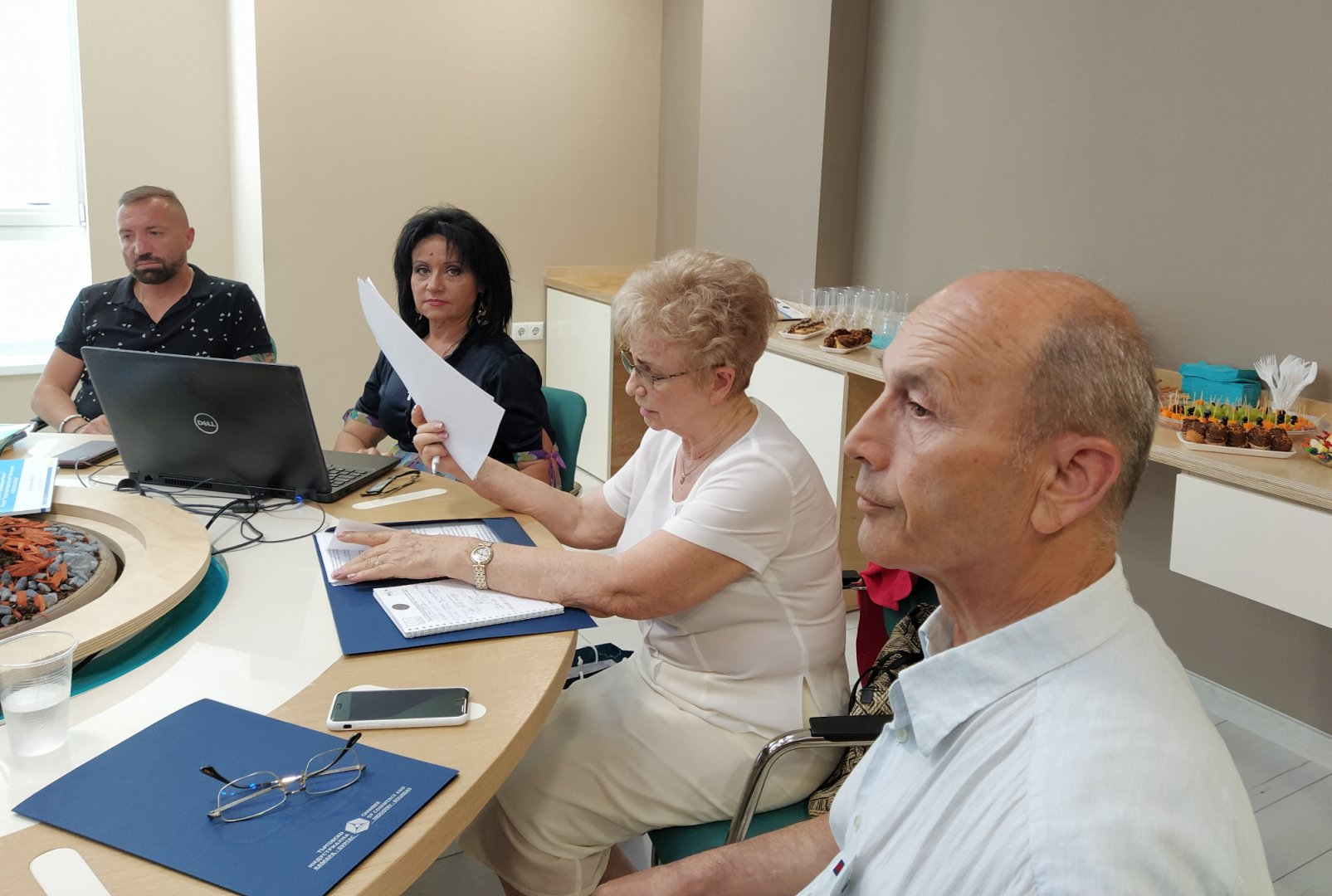 Работната среща на ТИК - Бургас се състоя в медицински център Д-р Стайков