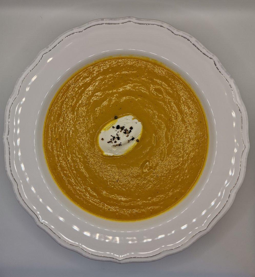 Морковена супа се приготвя за по-малко от час. Снимки Chef Димитър Боев