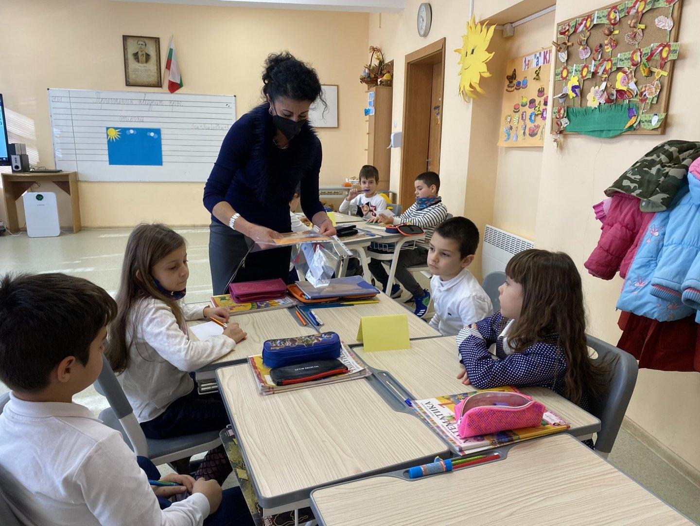 Децата показаха знания в открития урок - упражнение. Снимки СУ Иван Вазов