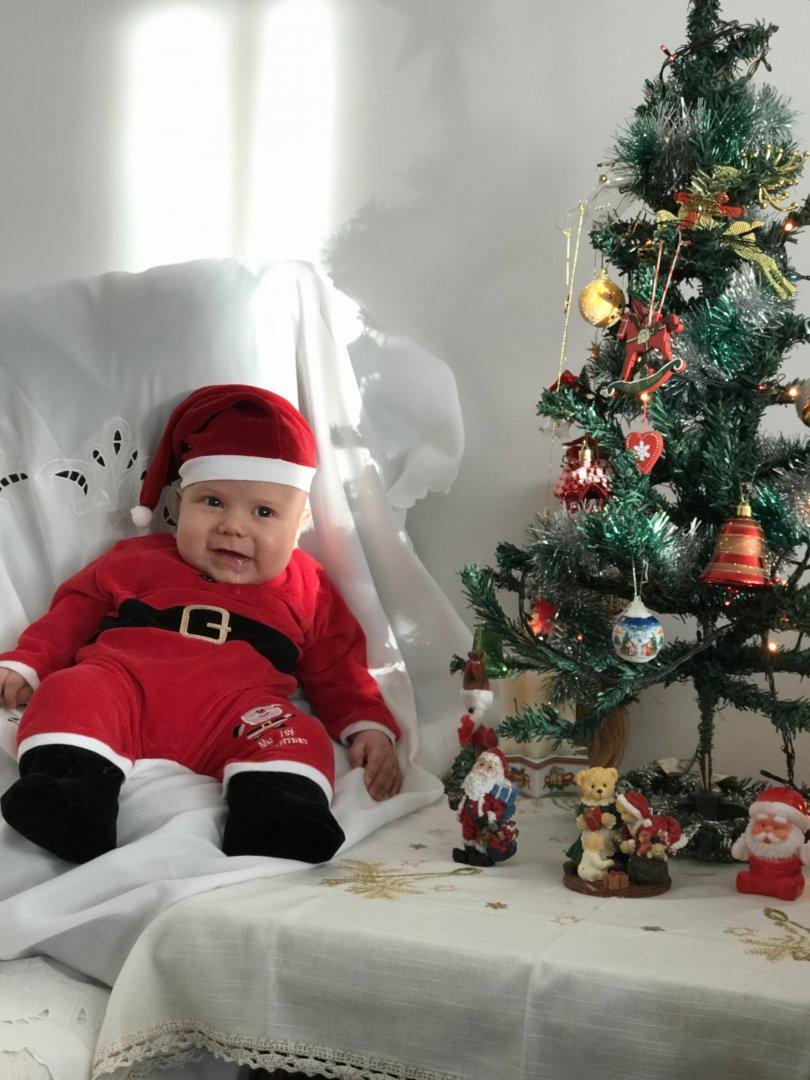 Малкият Тодор от Приморско също участва в конкурса ни