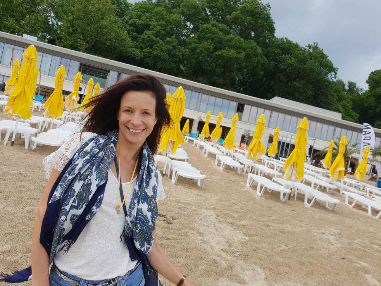 Яна Маринова ще представи филма Привличане, в който участва и продуцира