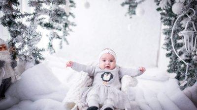 Йоана Николова е на 6 месеца