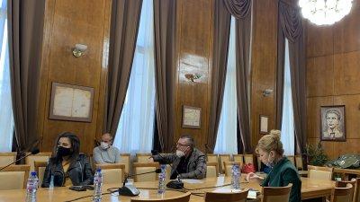 Депутатите присъстваха на заседание на Щаба. Снимка Община Бургас