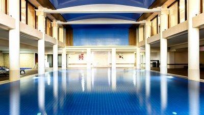 Дневната карта за СПА центъра в Приморец е 22 лева. Снимки гранд хотел и СПА Приморец