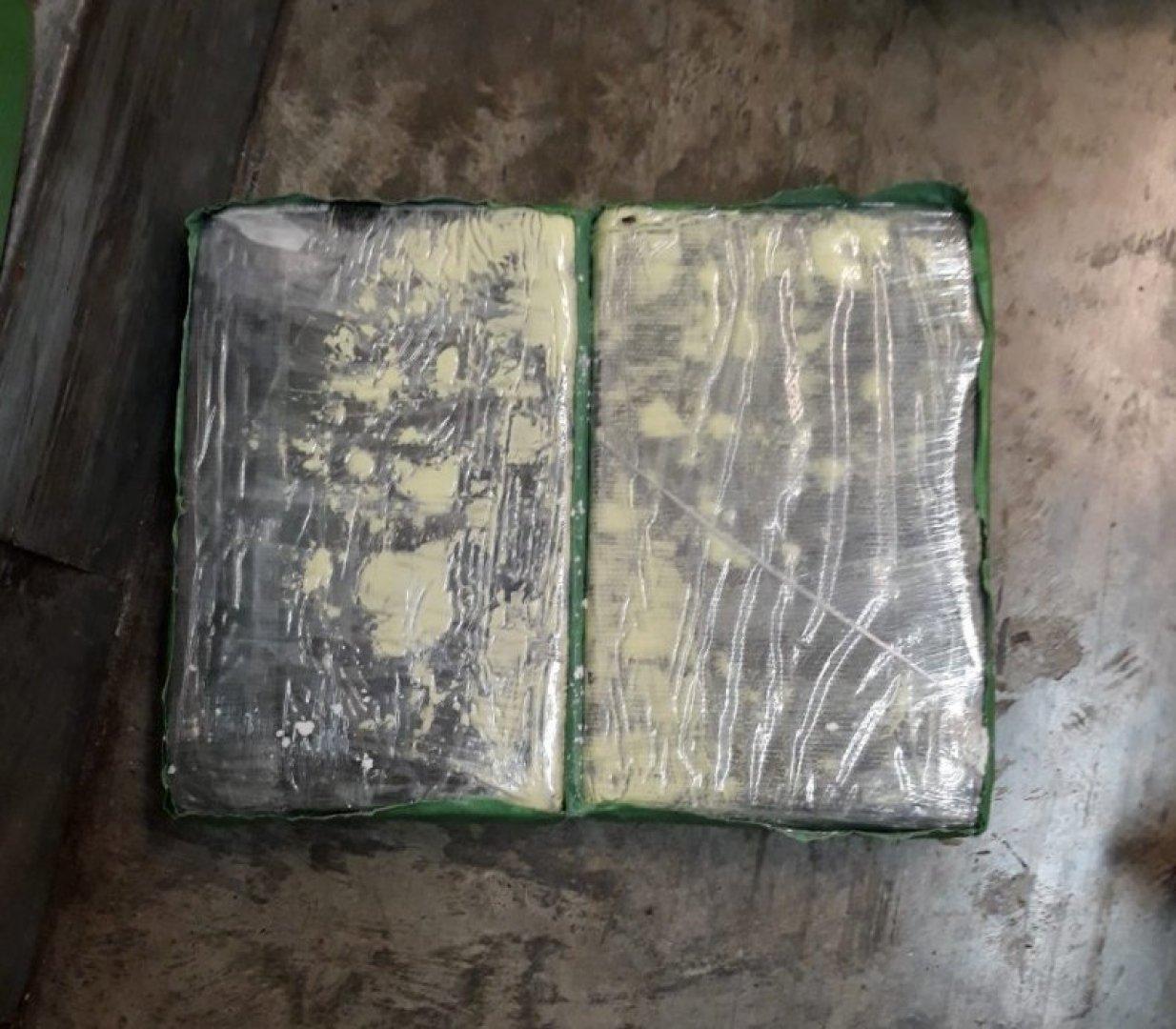 Кокаинът е бил в пакети, обвити във фолио. Снимка Архив ОД МВР