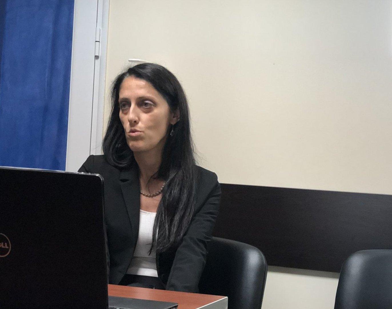 Д-р Маринчева, представи новите начини за лечение на онко заболявания и връзката им с генетичните изследвания. Снимка Авторът