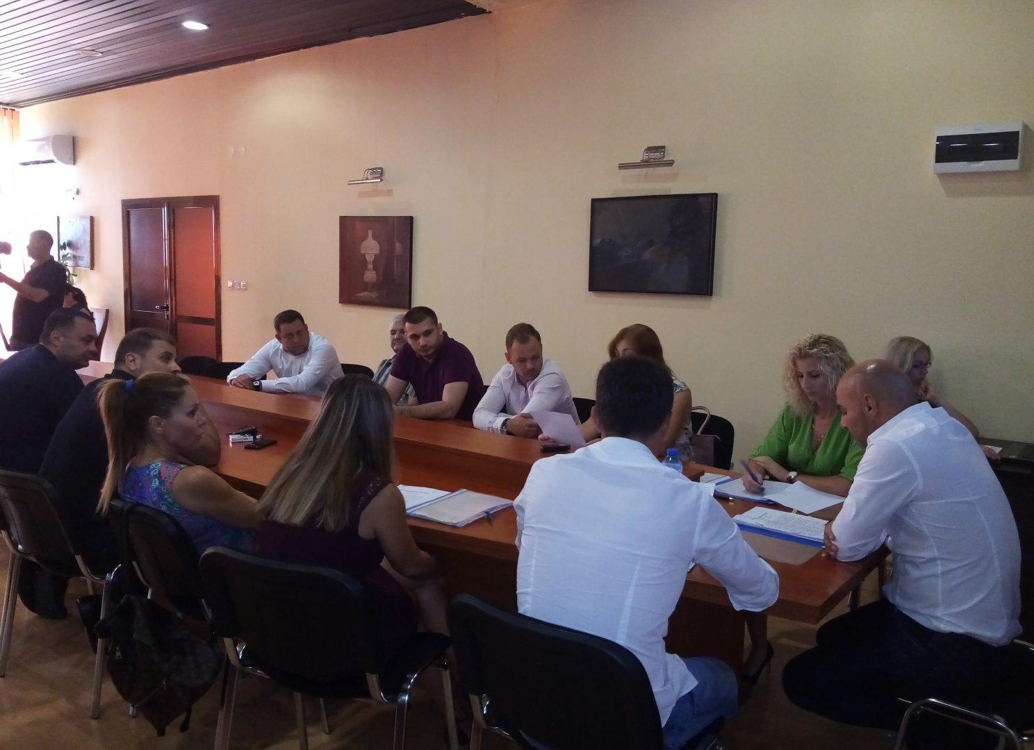 Съветниците дадоха положително становище за отпускане на сумата. Снимка ОбС - Варна