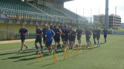23-ма състезатели взеха участие в първата тренировка. Снимка ОФК Поморие