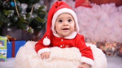 Малката Аделина е на 7 месеца