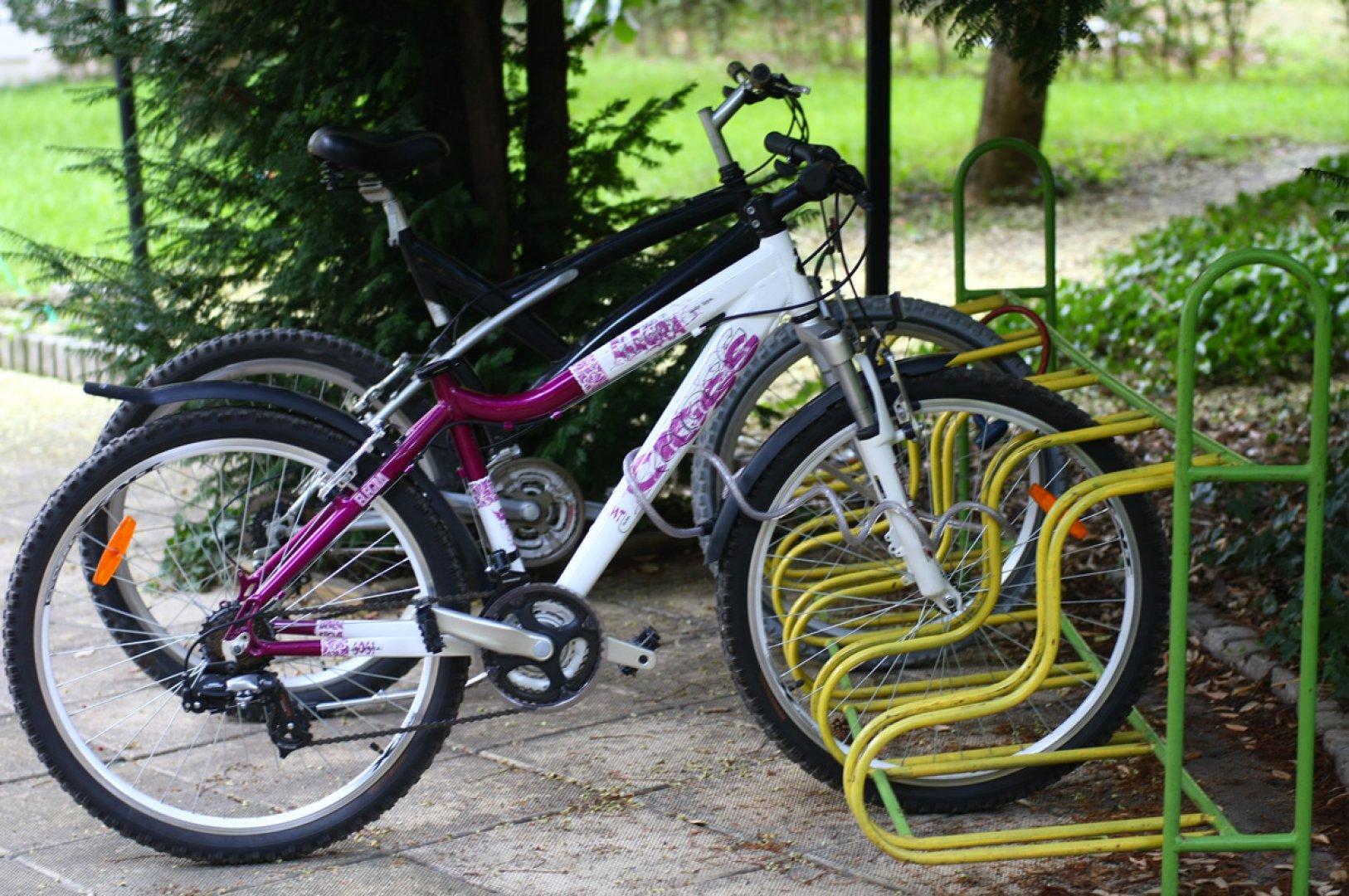 Масовото каране на велосипеди провокира жителите на морския град