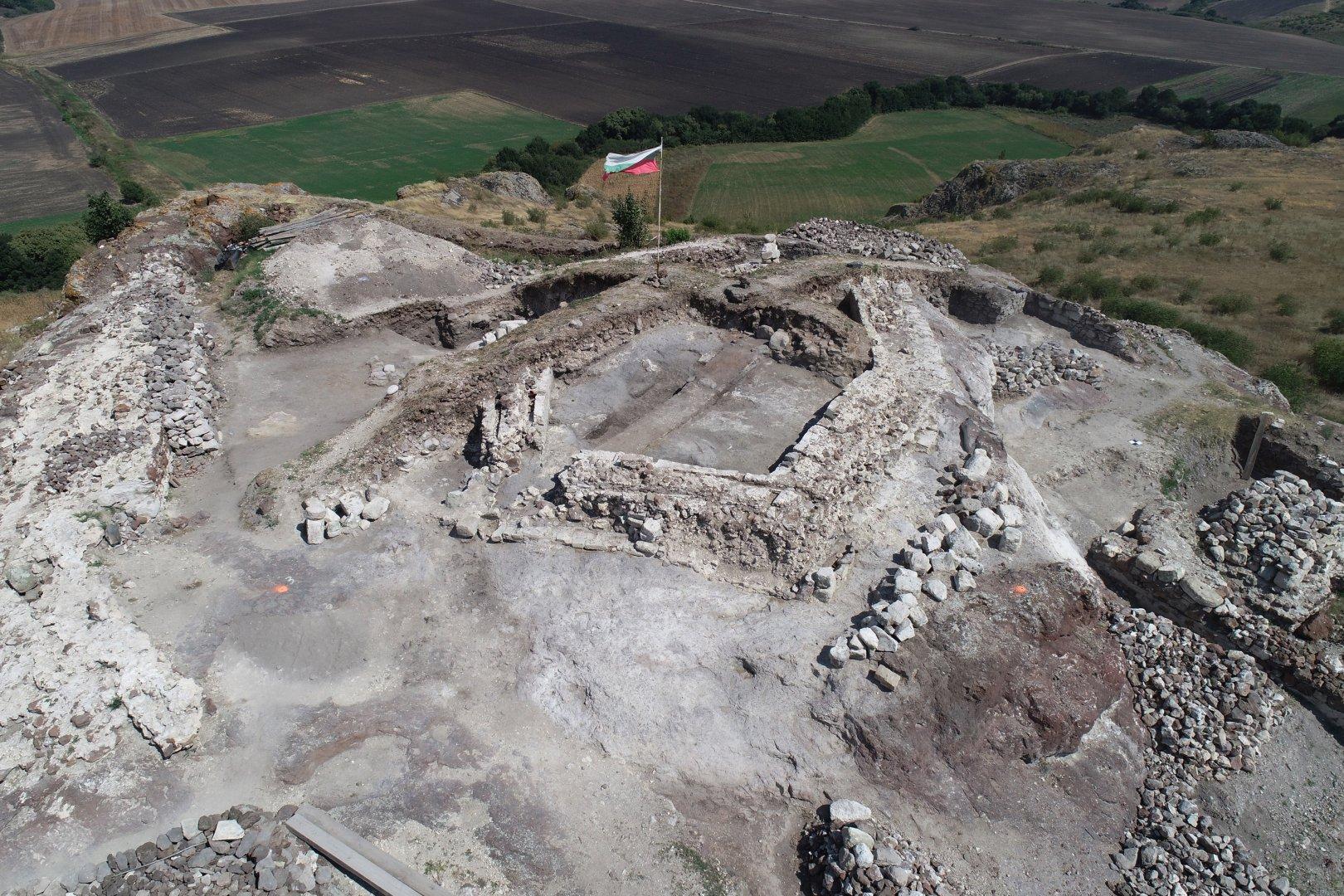 Анализът на резултатите от проучването допринася особено много за възстановяването на природната среда, в която са живели средновековните хора. Снимка РИМ - Бургас