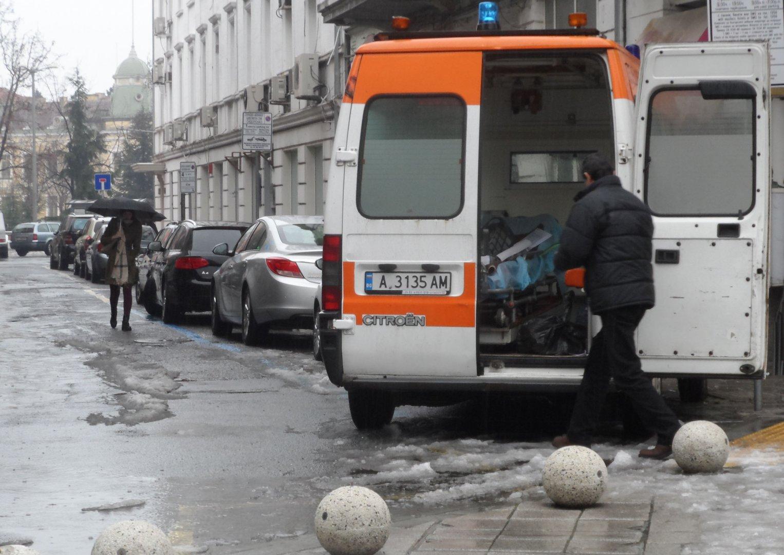 Няколко малки улички в централната част на Бургас ще бъдат ремонтирани. Снимки Лина Главинова