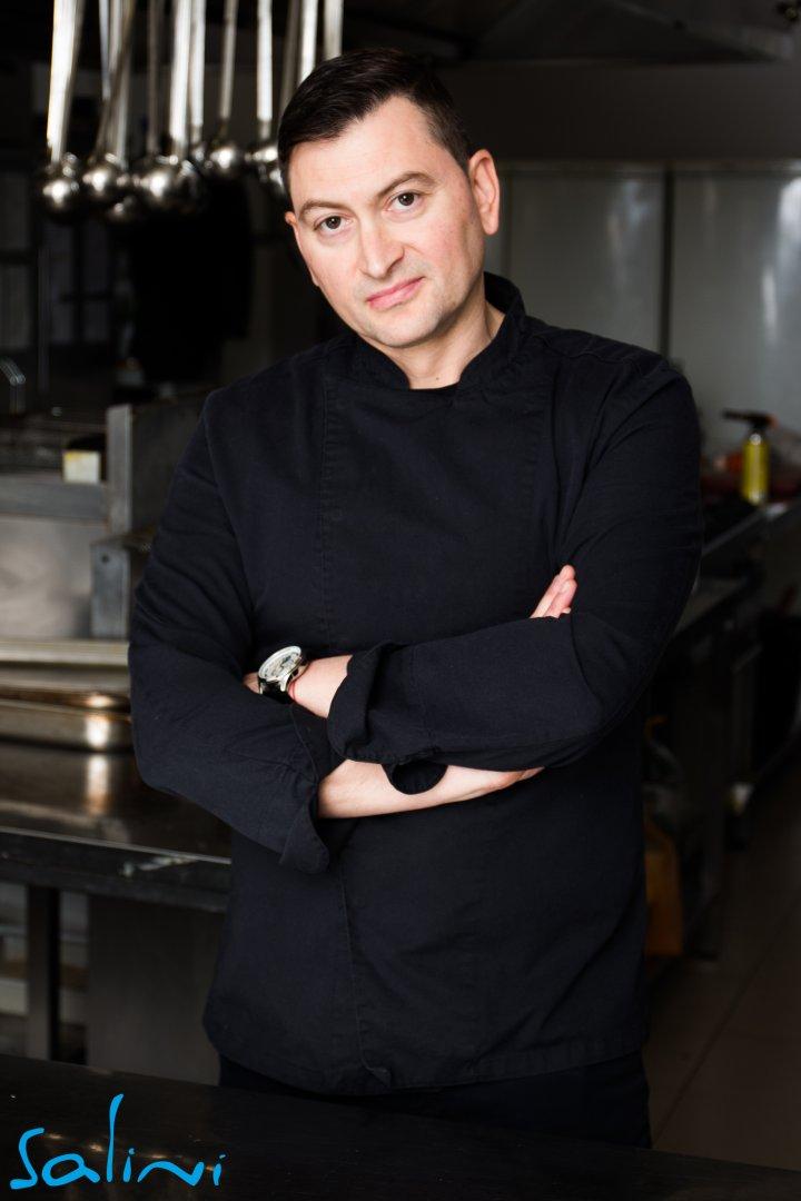 Шеф Петров създава своите кулинарни шедьорви в ресторант Салини. Снимки Гранд хотел и СПА Приморец