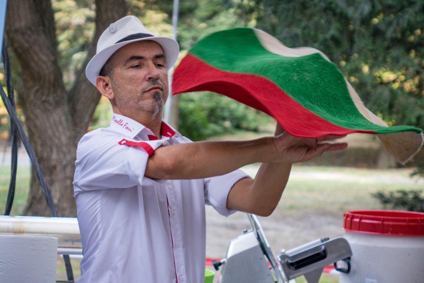 Фестивалът ще се проведе в три български града това лято. Снимки Street food & Art Festival
