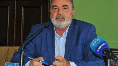 Доц. д-р Ангел Кунчев е изпратил доклада си до здравния министър. Снимка Черноморие-бг