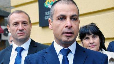 Ние ще се част от следващия парламент на страната, заяви Живко Табаков (на преден план). Снимки Черноморие-бг