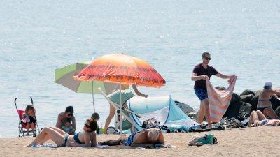 Слънчево и горещо ще бъде по Черноморието и през днешния ден. Снимка Черноморие-бг
