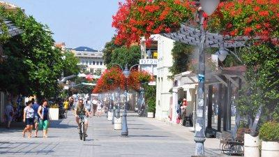 93 319 от жителите на община Бургас са се преброили електронно към 27-ми септември. Снимка Архив Черноморие-бг