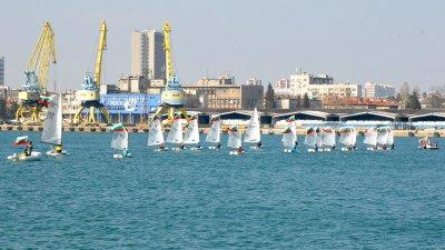 20 лодки от яхтклубовете