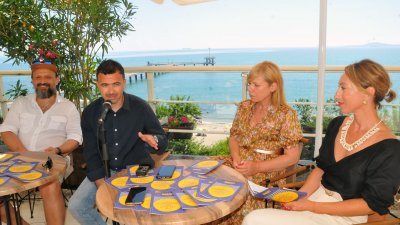 Атанас Чолаков, Емил Ованесов, Диана Саватева и Антония Цинова (отляно надясно) представиха акцентите в програмата на фестивала. Снимка Черноморие-бг